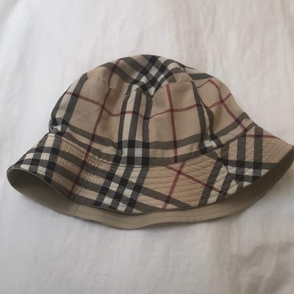4d653ad7e4521 Burberry Accessories - Burberry London cotton bucket hat plaid reversible